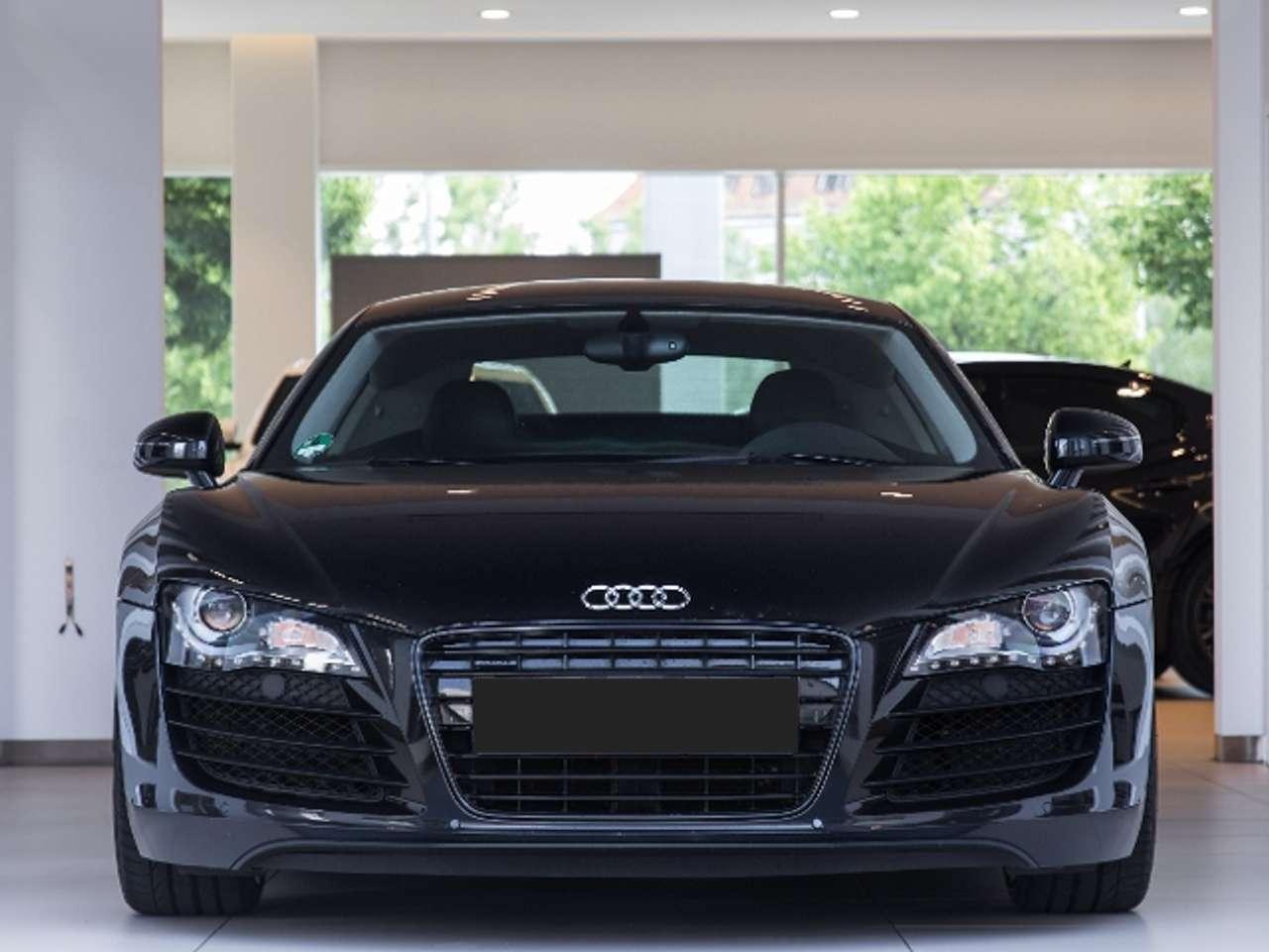 Audi R8 4.2 FSI 420 CH