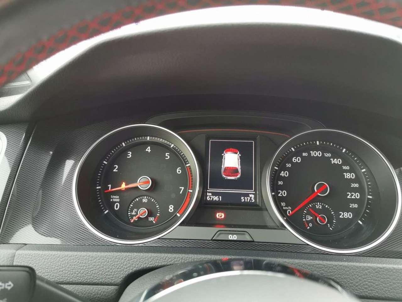 Volkswagen Golf GTI 7 Performance