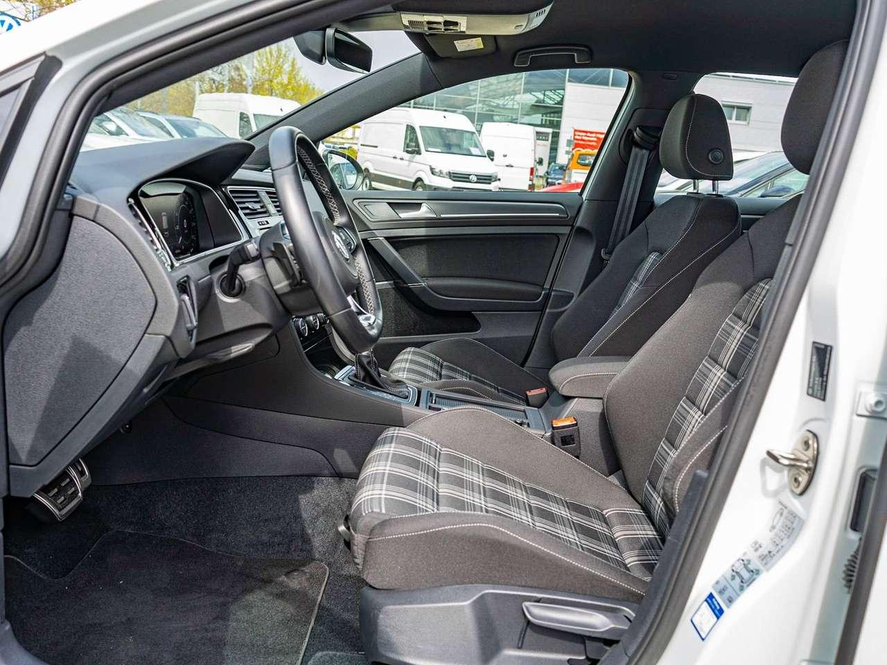 Volkswagen Golf GTD 2.0 TDI DSG